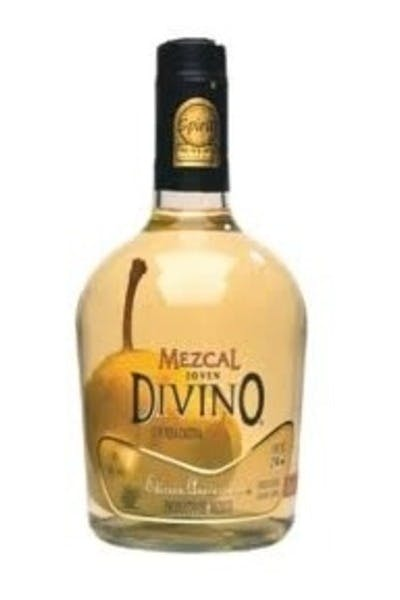 Divino Mezcal With Pear